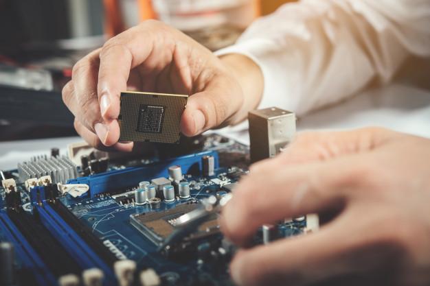Technician Repairing Computer Computer Hardware Repairing Upgrade Technology 1150 8861